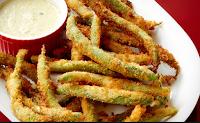 Crispy  zöldbab humusszal