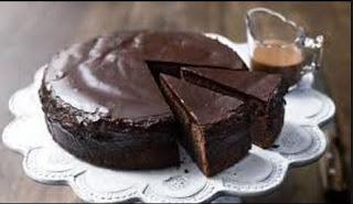 Csokoládé torta tojás,vaj és tej nélkűl,nemcsak finom és olcsó, hanem egészséges is szinte minden hozzávaló